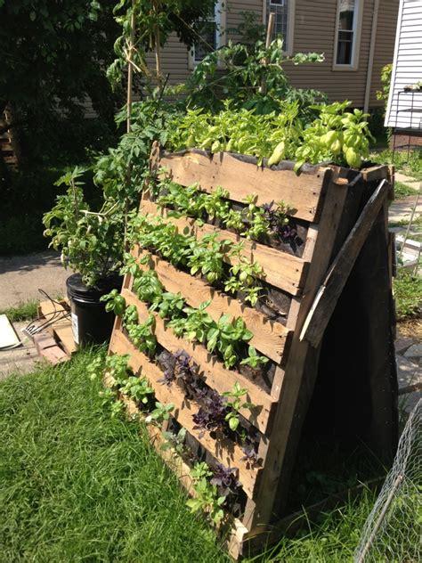 Ideen Für Kreative Verwendung Der Holz Europaletten Im Garten