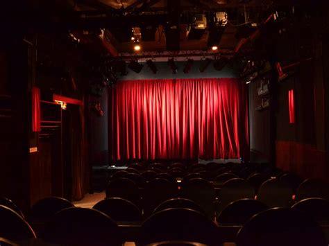 buehne kleines theater berlin buehnen