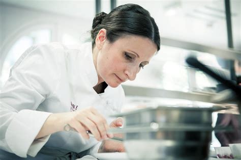 cuisine auvergne les femmes plus audacieuses et créatives que les hommes