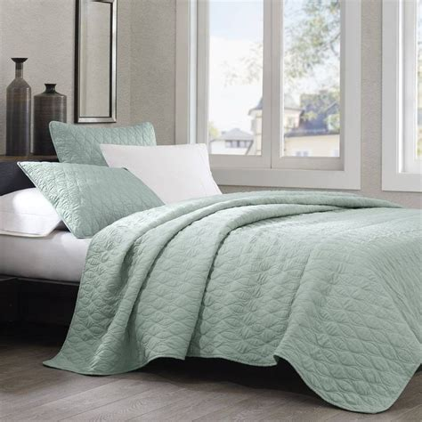 Bedding Coverlets by Echo Design Geo Coverlet Aqua