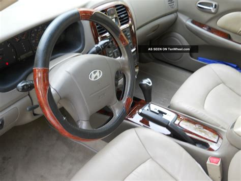 hyundai sonata lx sedan  door