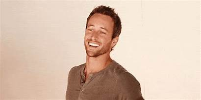 Alex Giphy Gifs Loughlin Buzzfeed Holster Tweet