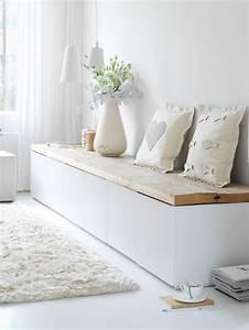Sitzbank Mit Aufbewahrung Ikea : sitzbank im flur mit wei en kissen flur garderobe aufbewahrung hallway storage ~ Markanthonyermac.com Haus und Dekorationen
