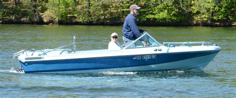 Is Chris Craft Boats Still In Business by Still The Best Ski Boat In The Fleet Acbs Antique