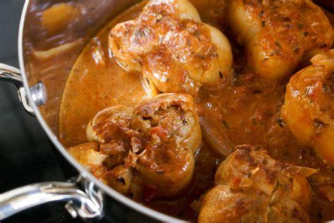 cuisiner paupiette de porc paupiettes de veau recette de paupiettes de veau à la provençale par chef simon