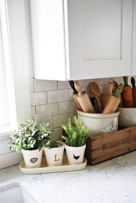25 best ideas about decorating kitchen on kitchen organization diy kitchen decor