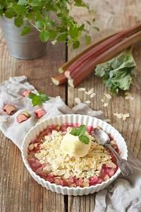 Rezept Rhabarber Crumble : rhabarber crumble mit mandeln rezept sweets lifestyle ~ Lizthompson.info Haus und Dekorationen