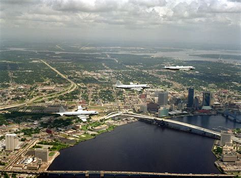 jacksonville florida   yrs p  orions flying