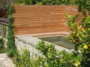 Schöner Sichtschutz Für Den Garten : entspannende badewanne im garten genie en ~ Sanjose-hotels-ca.com Haus und Dekorationen