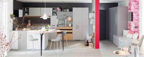 cuisine moderne sur mesure cuisine gris et bois