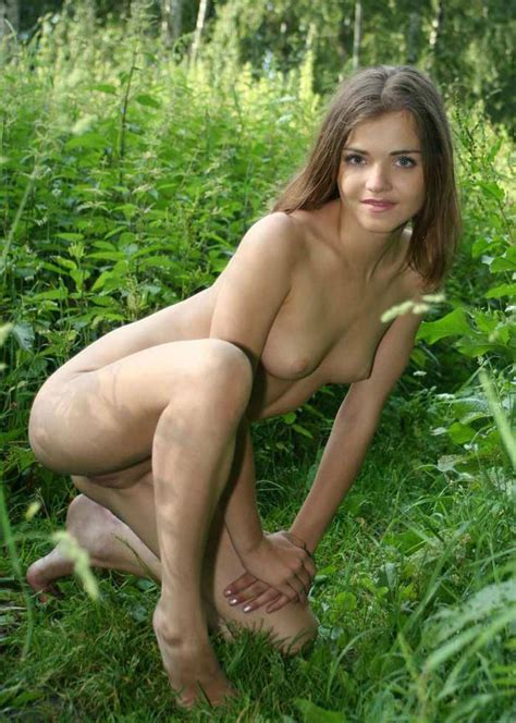Sexiest Russian Teen With Sporty Body Posing Naked