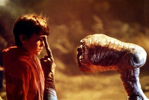 vous imaginez que les extraterrestres sont gentils comme