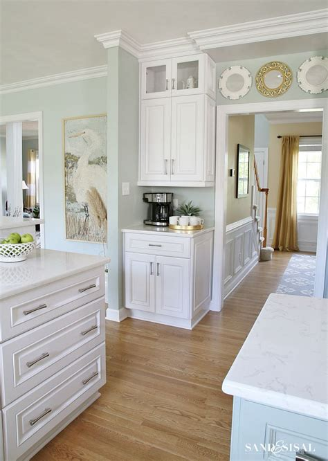 Best 25+ Gray Kitchen Paint Ideas On Pinterest  Painting. Cutting Kitchen Countertops. Blue Green Glass Tile Kitchen Backsplash. Ceramic Kitchen Floor. White Kitchens With Granite Countertops. Remodeling Kitchen Countertops. Vinyl Flooring For Kitchens. Orange Kitchen Colors. Gel Floor Mats Kitchen