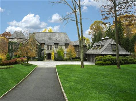 country estates estate of the day 13 7 million lakefront country