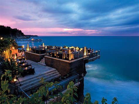Bali's Stunning Bar On The Rocks