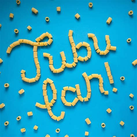 creative examples  food lettering typography