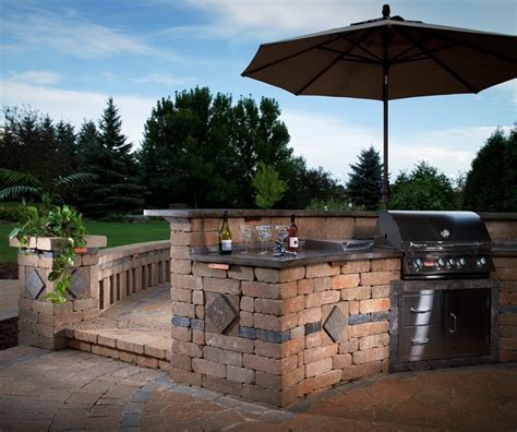 Backyard Bbq Restaurant by Essentials For A Stress Free Backyard Bbq Install It Direct