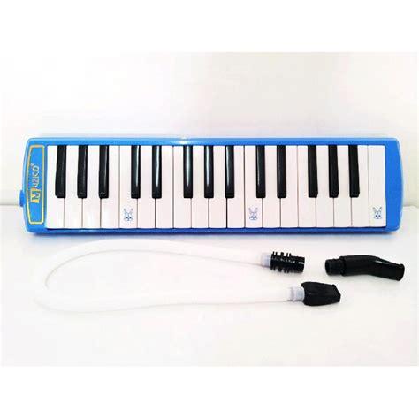 Kenong adalah alat musik gamelan jawa. 12 Contoh Alat Musik Melodis, Gambar Beserta Cara Memainkannya