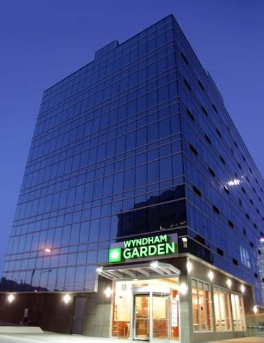 Garden City Island Ny Hotels by Pet Friendly Hotels Find The Best Animal Friendly