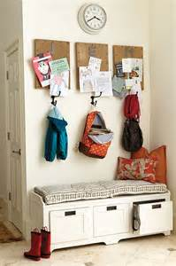 Small Dining Room Wall Decor Ideas by 2 Ideas For A Small Space Entryway How To Decorate
