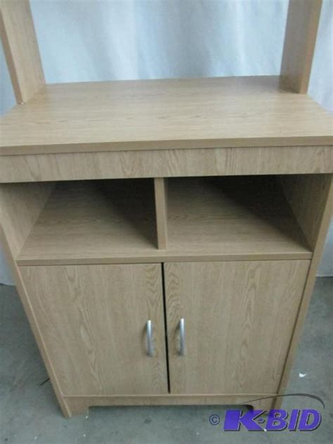 Alcove Microwave Stand   July Store Returns #5   K BID
