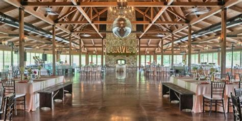 Barn Wedding Illinois by The Pavilion At Orchard Ridge Farms Weddings