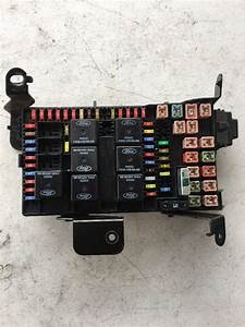 Ford Super Duty F250 F350 Cabin Fuse Block 02 2002 2c7t