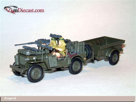 dark green jeep cj hongwell jeep cj 2a w 2 soldiers and gas tanks dark