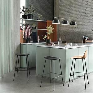 Pied De Menthe : 10 marques scandinaves re d couvrir meuble bas vert menthe et tabourets de bar ~ Melissatoandfro.com Idées de Décoration