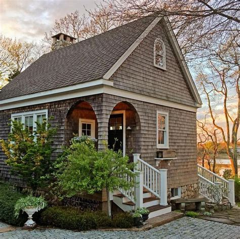 Small Cottage by 25 Best Ideas About Small Cottages On