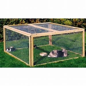 Grillage En Bois : enclos pour poules compos de panneaux modulables en bois ~ Edinachiropracticcenter.com Idées de Décoration