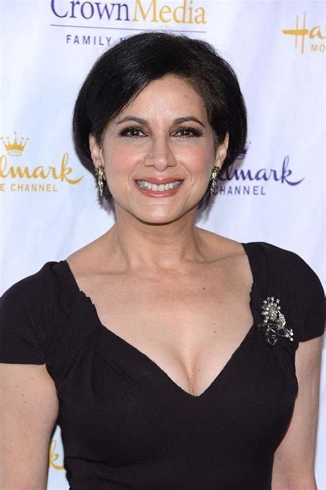 saundra santiago net worth renoly santiago net worth bio wiki 2018 facts which you