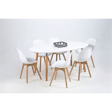 chaises design scandinave salle a manger cocktail scandinave