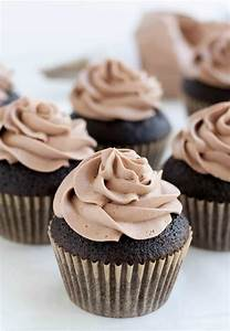 Chocolate Whipped Cream Cream Cheese Frosting - The ...