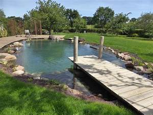 Bassin De Jardin Pour Poisson : pont en bois pour bassin de jardin ~ Premium-room.com Idées de Décoration