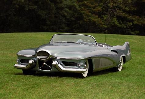 Gm Buick Lesabre by The 1951 Buick Lesabre And Xp 300 Cars Initiated The