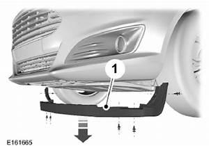 Changer Ampoule 208 : ford fiesta remplacement d 39 une ampoule entretien manuel du conducteur ford fiesta ~ Medecine-chirurgie-esthetiques.com Avis de Voitures