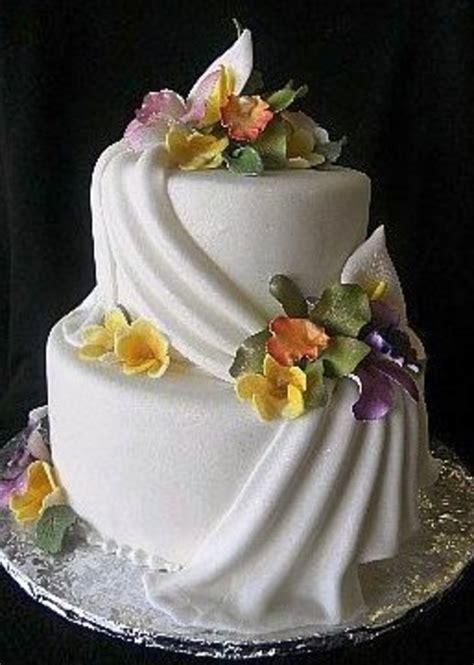 wedding cake drapes w478 floral drapes wedding cakes fresh bakery