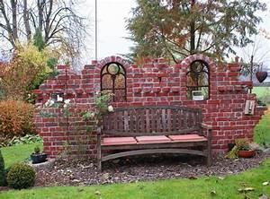 Alte Ziegelsteine Im Garten : mauer aus alten ziegelsteinen hausgarten von deko mauer im ~ A.2002-acura-tl-radio.info Haus und Dekorationen