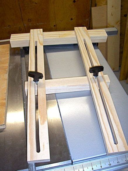 simple  effective dado jig woodworking jigs router