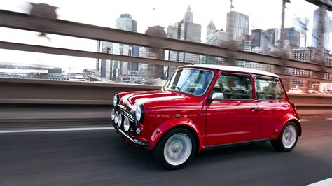Classic Mini Gets Electric Powertrain For The 2018 New