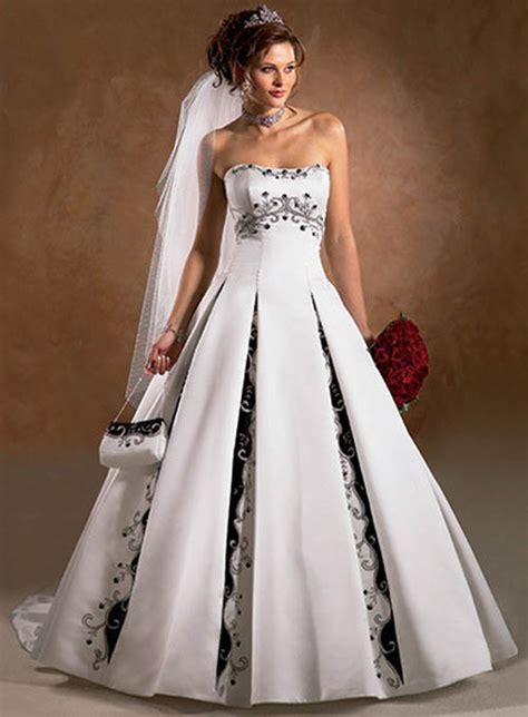 couture bridal designs non traditional wedding dress ideas