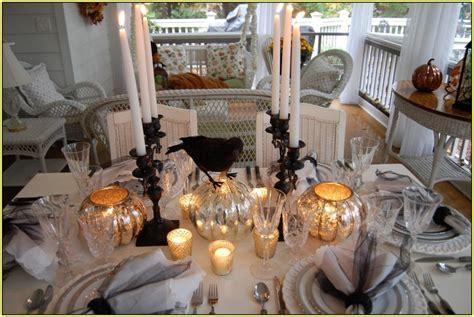 33 Elegant Halloween Decorations Ideas - Decoration Love