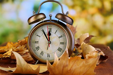 daylight saving time ways spend hour money