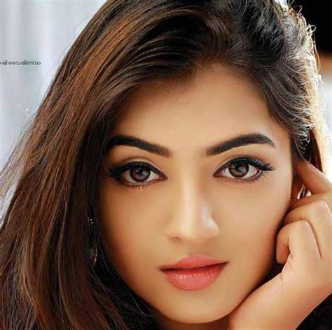 beautiful  pretty   actress nazriya nazim