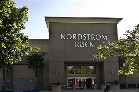 nordstrom rack ri nordstrom rack secures its canadian location in ottawa