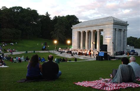 philharmonic returns  roger williams park