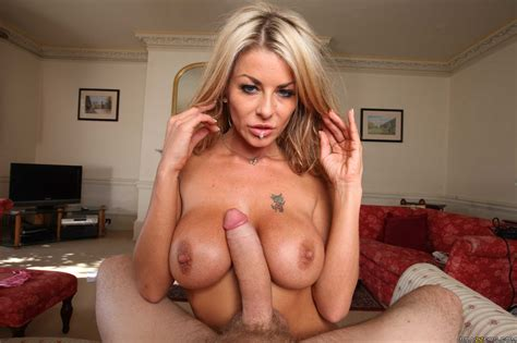 Slim Blonde Woman Seduced Her Step Son Photos Tia Layne
