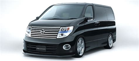 Nissan Elgrand Image by Nissan Elgrand 2003 Review