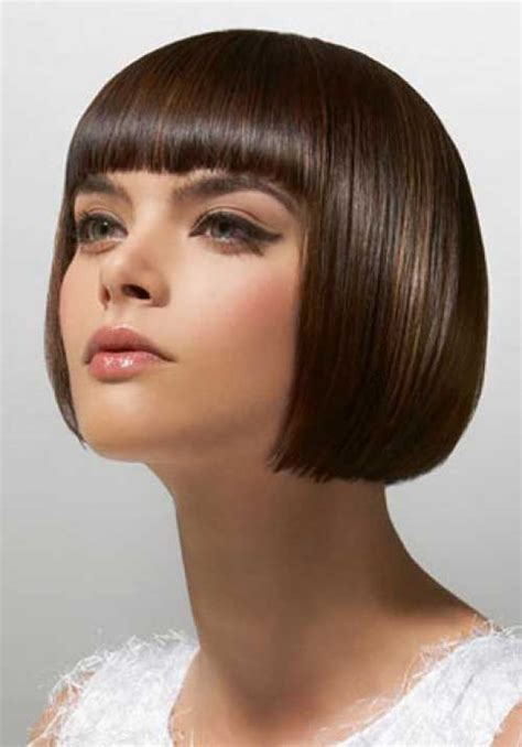 20 Short Hair with Bangs Hairstyle & Makeup Fashion